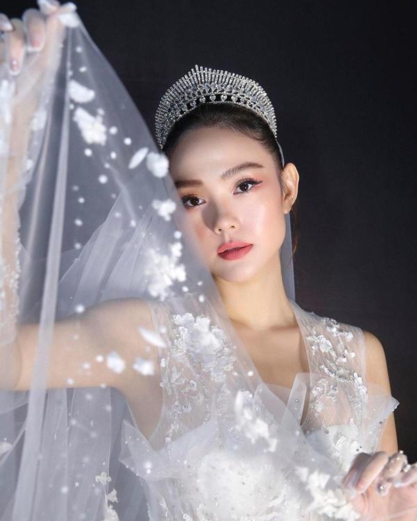 6 trào lưu làm đẹp nổi bật nhất năm 2019 của mỹ nhân Việt - Ảnh 6