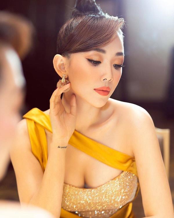 6 trào lưu làm đẹp nổi bật nhất năm 2019 của mỹ nhân Việt - Ảnh 8