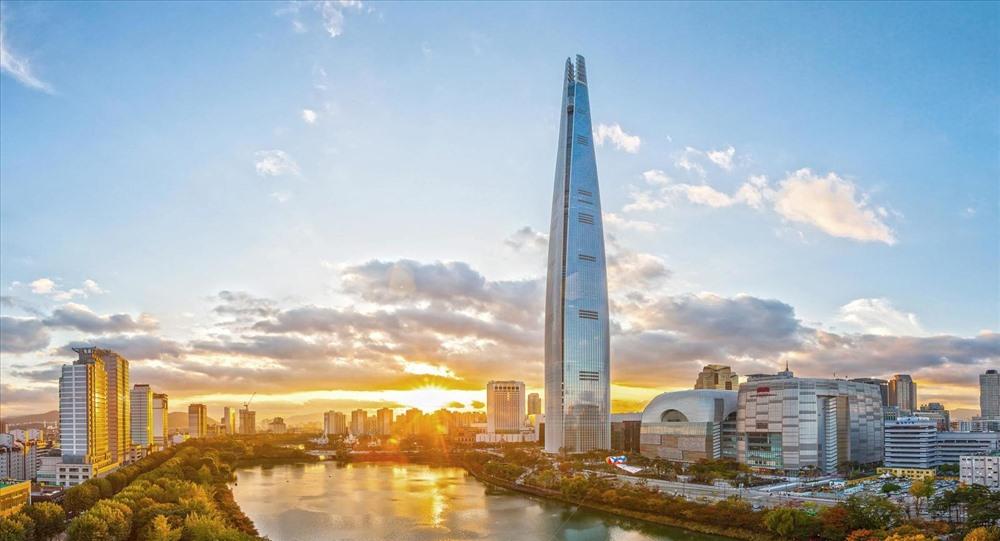 Top 10 tòa nhà cao nhất thế giới: Khó tin chiều cao 1km - Ảnh 6