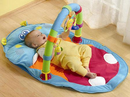 Thời điểm bé biết ngồi và cách luyện tập ngồi cho bé không để ảnh hưởng đến cột sống - Ảnh 4