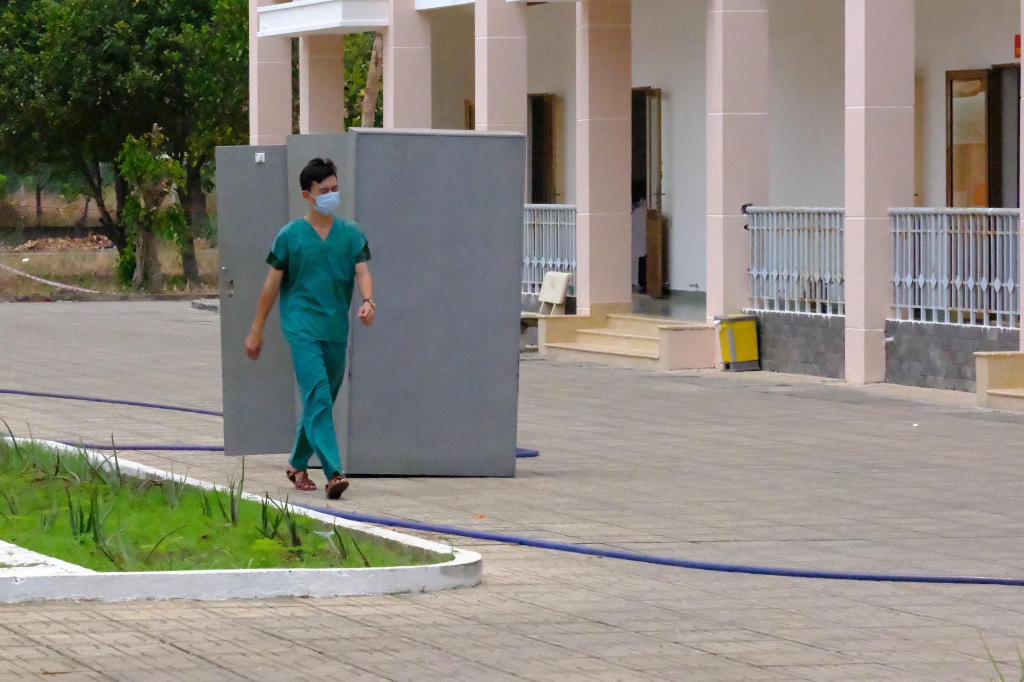 Khẩn: TP.HCM tạm ngưng hoạt động các phòng khám tư, cơ sở phẫu thuật thẩm mỹ từ ngày 30/3 - Ảnh 2