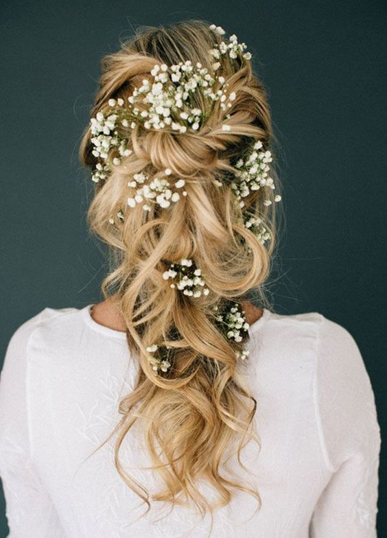Chọn ngay một trong các kiểu tóc đẹp đi dự tiệc giúp bạn toả nắng trong mắt chàng! - Ảnh 4