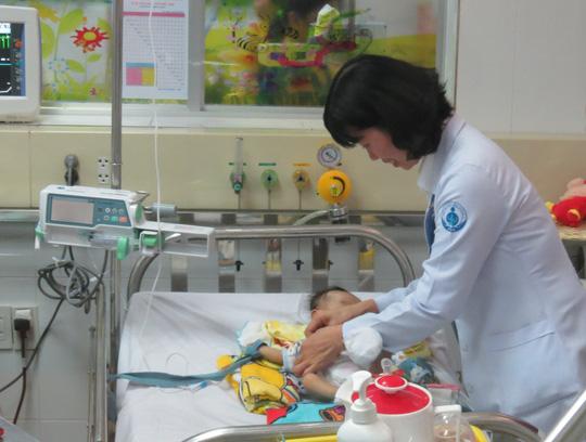 Bước kiểm tra đơn giản cứu mạng hàng ngàn em bé mỗi năm - Ảnh 1