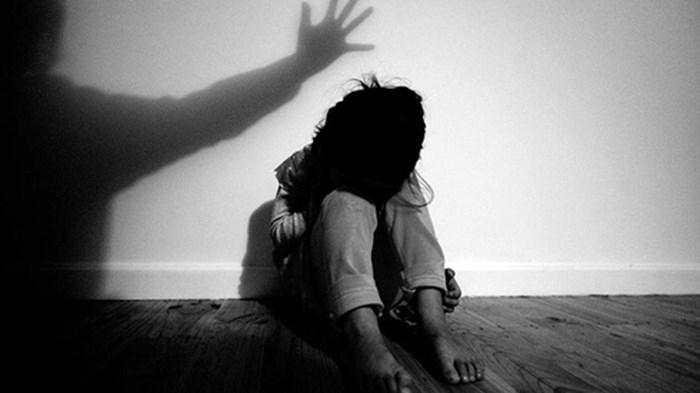 Đến nhà con trai chơi, ông nội hiếp dâm cháu gái 9 tuổi - Ảnh 2