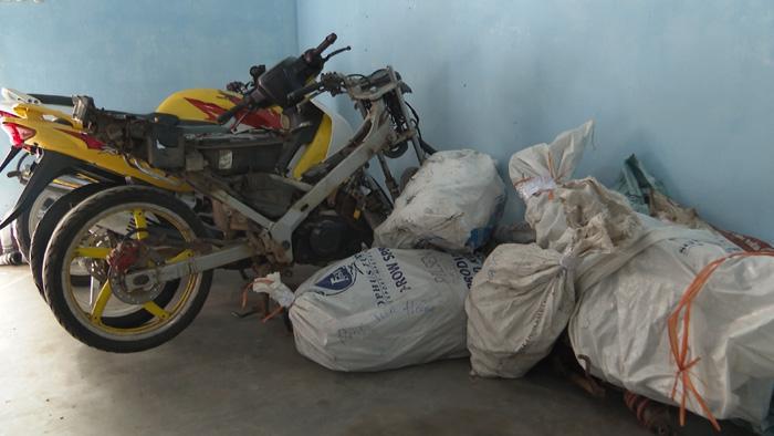 """Đánh sập đường dây xe máy lậu """"khủng"""" từ Lào về Việt Nam - Ảnh 3"""