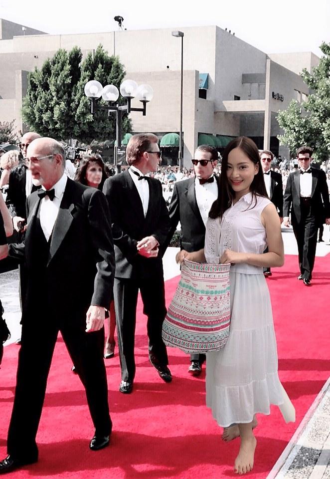 Không mặc hở từ trên xuống dưới như Ngọc Trinh, Lan Phương gây sốc khi đi chân trần trên thảm đỏ Cannes - Ảnh 3