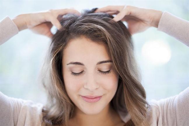 Chỉ 5 phút mỗi ngày, chặn đứng nguy cơ hói do rụng tóc - Ảnh 1