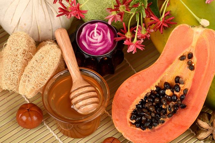 Hướng dẫn cách làm trắng da tại nhà đơn giản từ đu đủ và mật ong