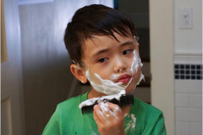 Nấm mốc 'sinh sôi' lan kín tai cậu bé 10 tuổi vì hai thói quen mà rất nhiều trẻ Việt cũng đang mắc phải - Ảnh 2