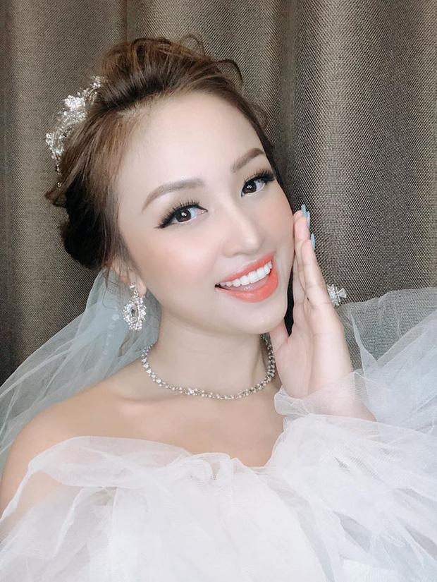 Rộ nghi vấn MC Vân Hugo đang mang thai với chồng sắp cưới, soi vòng 2 dạo gần đây là rõ - Ảnh 5