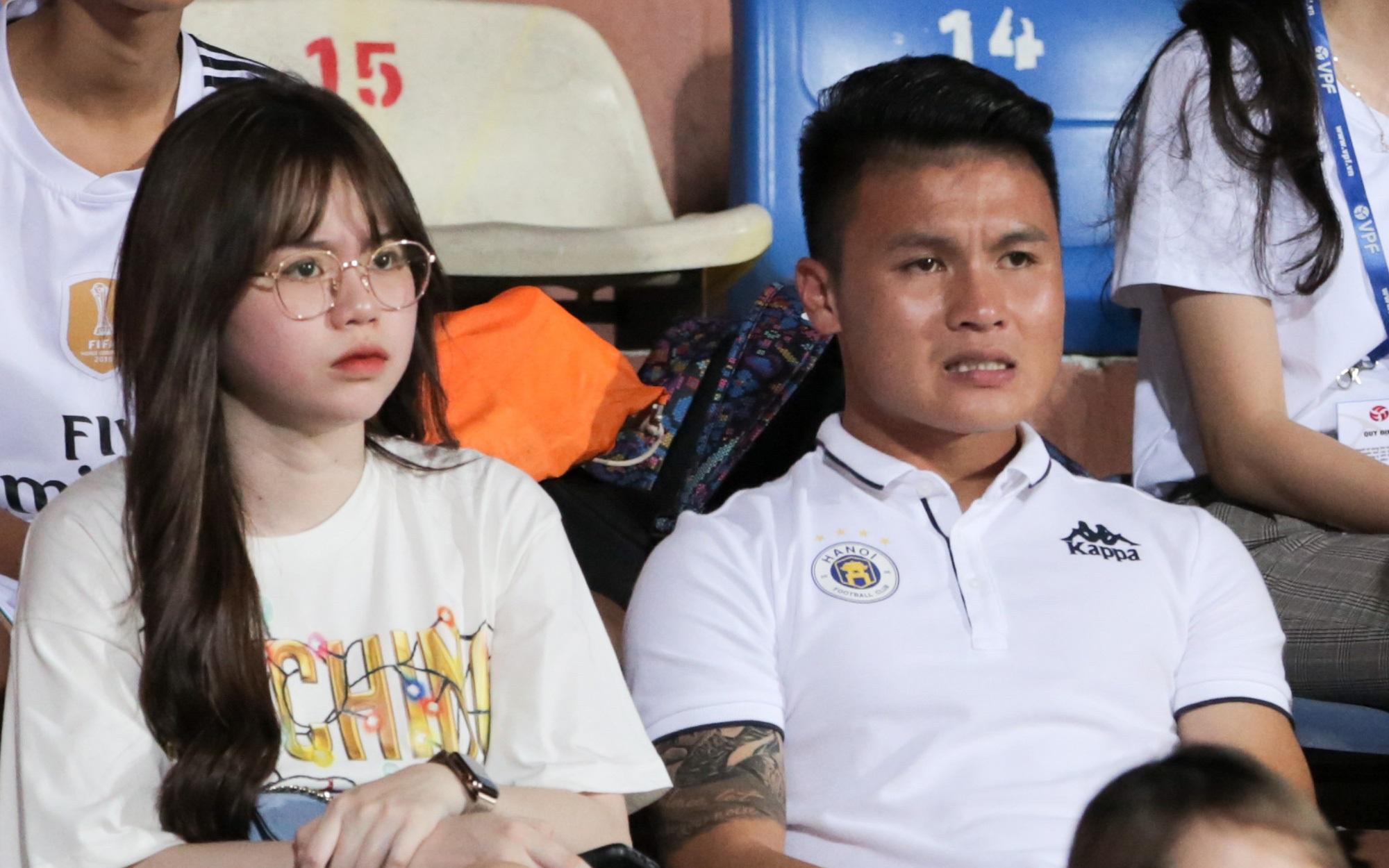Tại sao Quang Hải không thi đấu trong ngày Hà Nội FC thua đau trên sân nhà? - Ảnh 1