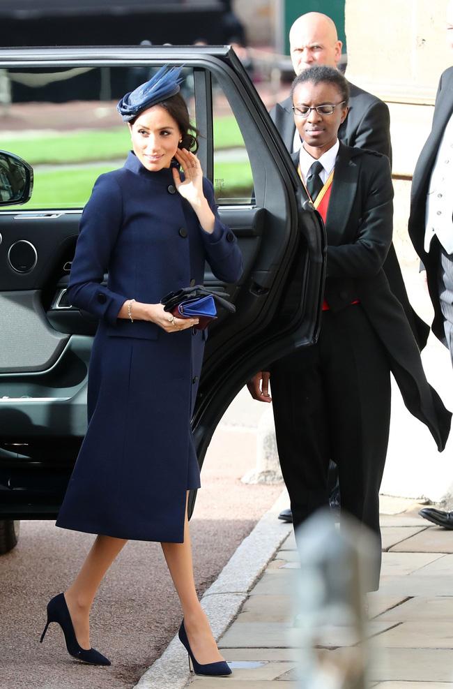 Tiết lộ mới gây sốc: Hoàng gia tức giận, Harry xấu hổ vì hành động vô duyên của Meghan ngay trong hôn lễ của công chúa nước Anh - Ảnh 1