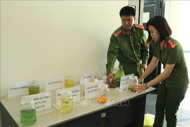 Bắt chủ tịch công ty dầu khí tiếp tay cho đường dây xăng giả Trịnh Sướng - Ảnh 2