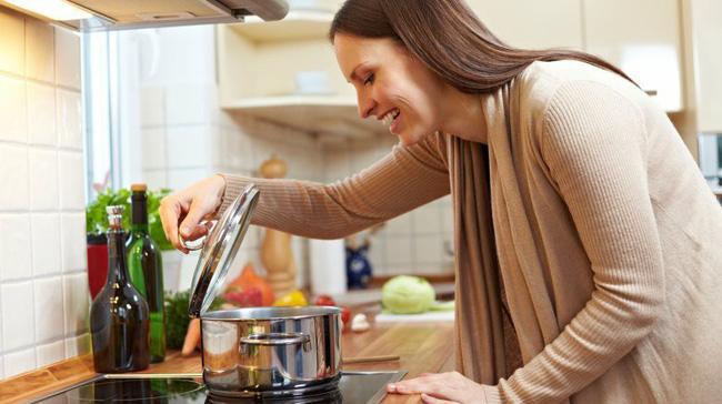 Ngày nào cũng nấu cơm nhưng cứ mắc phải những lỗi sai ngớ ngẩn này thì muôn đời bạn không nấu được nồi cơm dẻo ngon - Ảnh 3