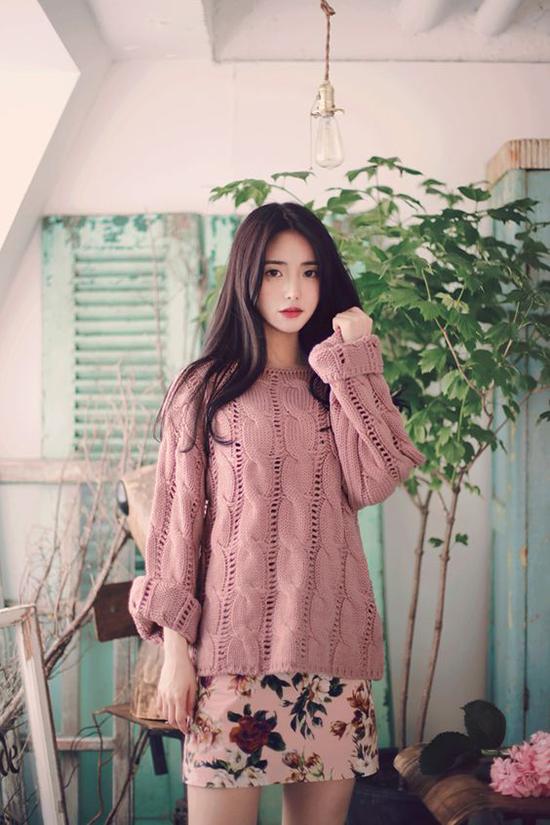 Phối áo len, áo nỉ cho ngày mưa - Ảnh 5