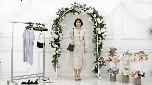 Gợi ý 10 bộ đồ chuẩn giúp bạn thật đẹp đi dự đám cưới mà không sợ bị đánh giá 'làm lố' - Ảnh 9