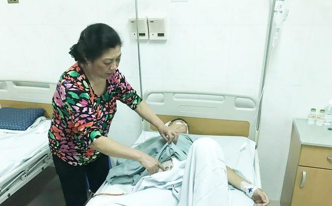 Mẹ của tài xế taxi bị người ngồi trong xe Mazda bắn: 'Nó cố tình giết con tôi' - Ảnh 1
