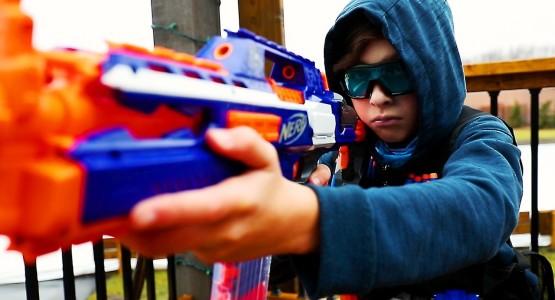 Những loại đồ chơi 'sát thủ', cha mẹ nuông chiều cũng tuyệt đối không mua cho con - Ảnh 1