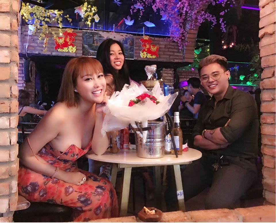 Bị nhiều đàn ông hỏi thăm, Phi Thanh Vân tuyên bố: 'U40 rồi không kết hôn và sinh con nữa' - Ảnh 2