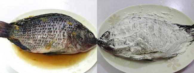 Học ngay món cá chiên giòn xốt chua ngọt vừa ngon vừa đẹp cho tiệc cuối năm thêm tròn đầy - Ảnh 1