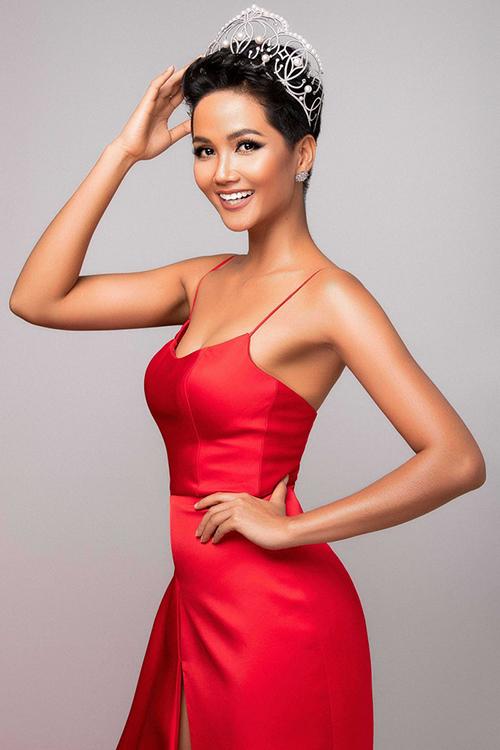 H'Hen Niê tiếp tục vào Top 10 'Hoa hậu của các hoa hậu 2018' - Ảnh 1