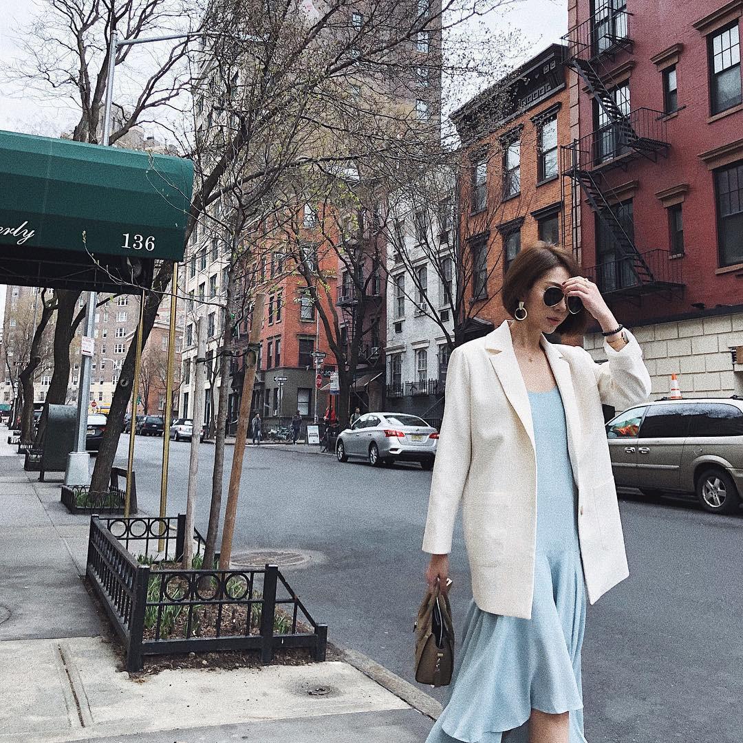 5 bí kíp ăn mặc giúp phụ nữ sở hữu phong cách thời thượng, sang trọng và nổi bật trong dịp Tết - Ảnh 4
