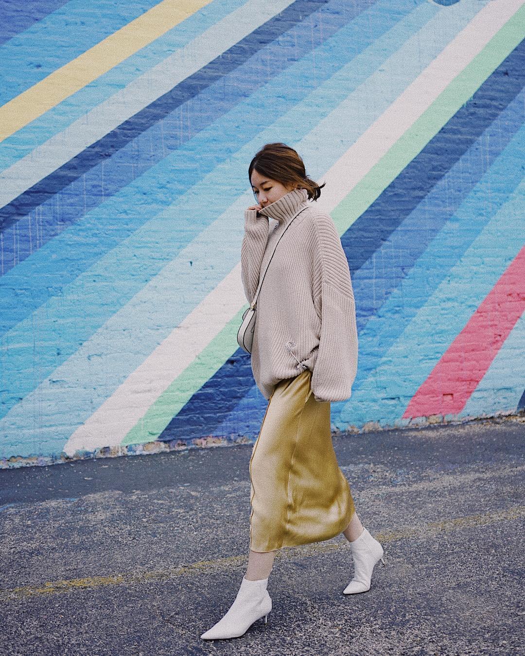 5 bí kíp ăn mặc giúp phụ nữ sở hữu phong cách thời thượng, sang trọng và nổi bật trong dịp Tết - Ảnh 5