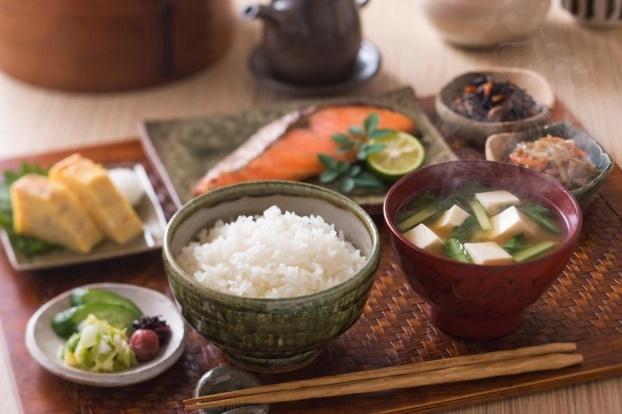 10 thói quen hàng ngày của phụ nữ Nhật Bản giúp nhìn trẻ hơn 10 tuổi - Ảnh 4