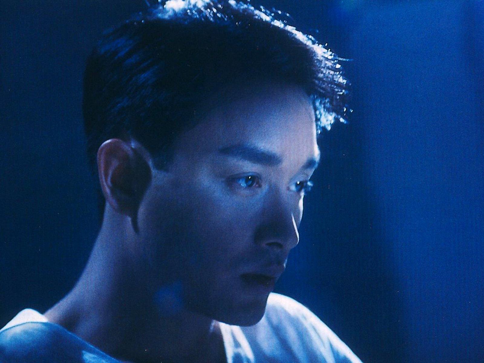 Hé lộ nguyên nhân khiến báo giới 16 năm trước không chụp được dù chỉ một bức ảnh của Trương Quốc Vinh khi tự vẫn - Ảnh 1