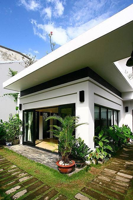 Nhà 2 tầng siêu đẹp, thiết kế hiện đại nhưng đượm hồn quê - Ảnh 2