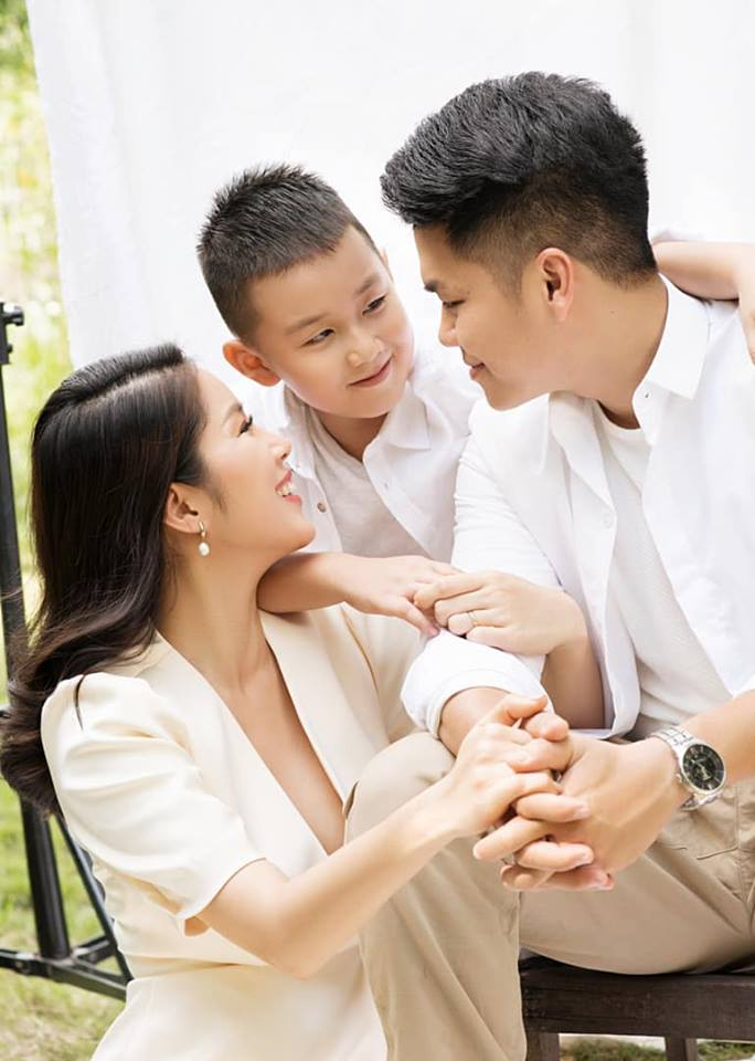 Đang hạnh phúc, Lê Phương vẫn không quên những mặc cảm khi sinh con đầu lòng với chồng cũ - Ảnh 1