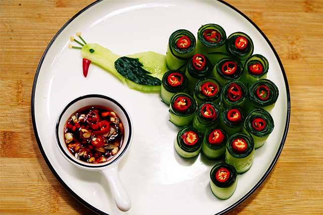 5 phút biến tấu món salad dưa leo chim công đẹp ngon hết sảy - Ảnh 4