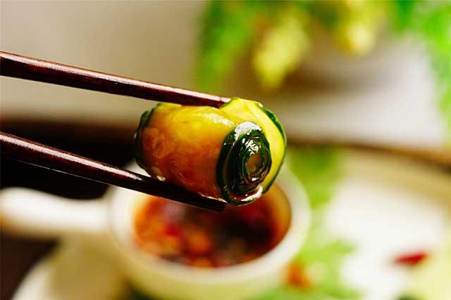 5 phút biến tấu món salad dưa leo chim công đẹp ngon hết sảy - Ảnh 6