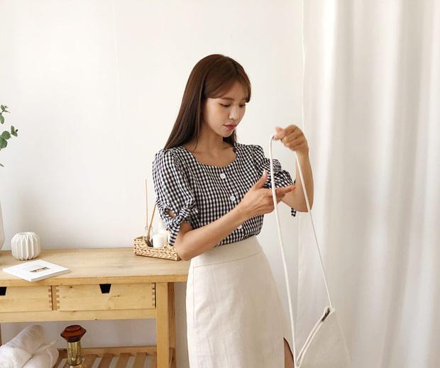 """4 mẫu áo blouse chống chỉ định chị em diện đi làm bởi kiểu thì hở hang quá, kiểu thì """"bô nhếch"""" kém sang - Ảnh 5"""