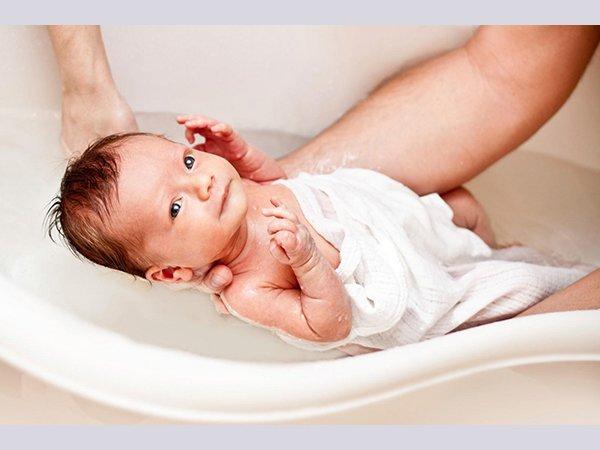 6 nguyên nhân khiến trẻ bị nổi mẩn đỏ trên cơ thể - Ảnh 3