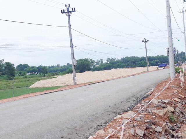 Quảng Ngãi chi 70 tỷ làm đường vào Dự án khu nghỉ dưỡng cho DN - Ảnh 2