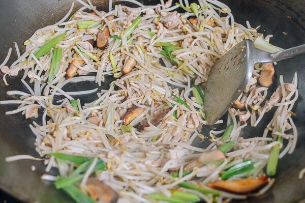 Thịt ức gà chế biến như thế này đảm bảo luôn mềm ngon tuyệt đối không khô xơ - Ảnh 5