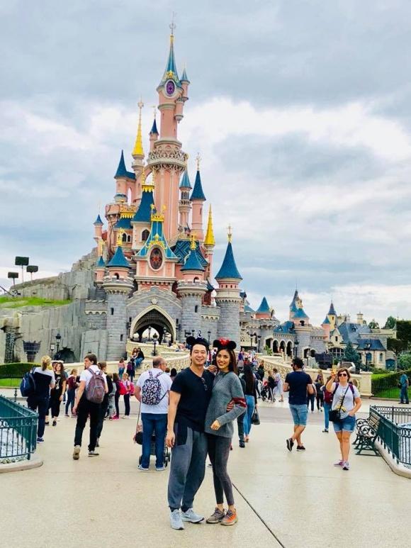 Lan Khuê e ấp bên chồng sắp cưới khi đi du lịch ở Pháp - Ảnh 5