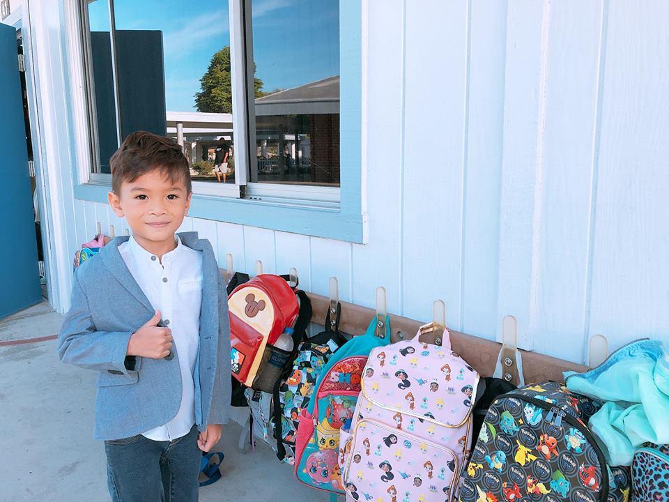 Ngày đầu nhập học, Thanh Thảo sốc khi phát hiện con trai nuôi quên điều này sau hơn 1 năm sống ở Mỹ - Ảnh 2