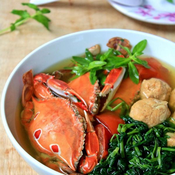 Cách làm canh ghẹ rau muống mang hương vị biển khơi vào bữa cơm gia đình - Ảnh 1