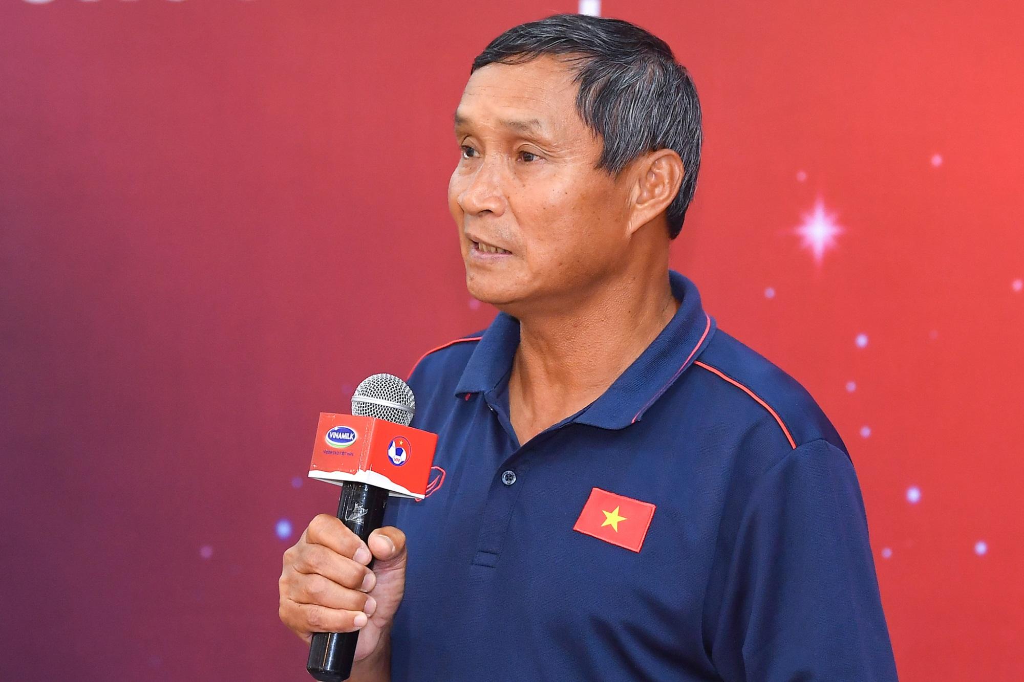 Vinamilk trao thưởng chúc mừng đội tuyển bóng đá nữ quốc gia vô địch Đông Nam Á 2019 - Ảnh 3