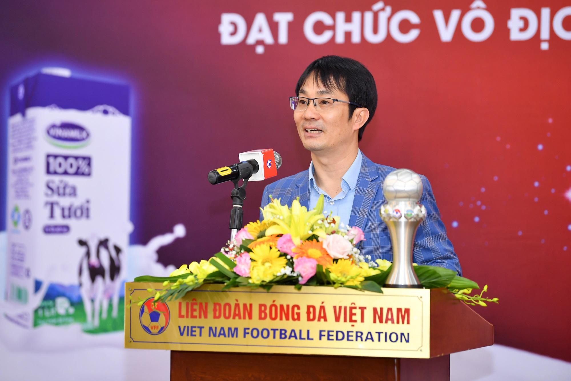 Vinamilk trao thưởng chúc mừng đội tuyển bóng đá nữ quốc gia vô địch Đông Nam Á 2019 - Ảnh 5