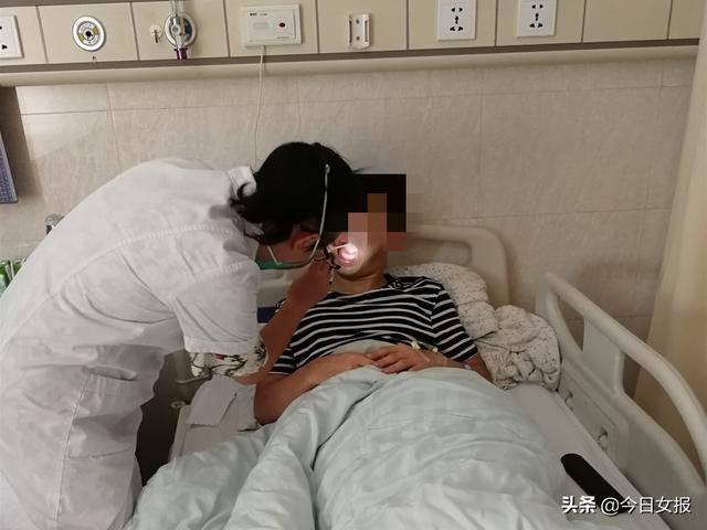 Sau khi hôn say đắm bạn gái, chàng trẻ tá hỏa vì bị nhiễm bệnh phải nhập viện - Ảnh 1