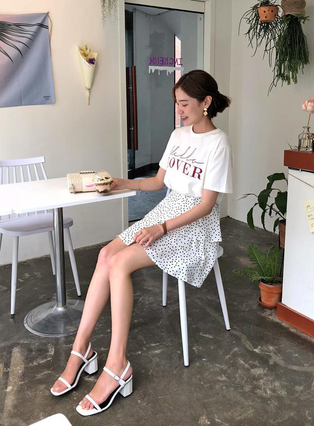 Những kiểu chân váy họa tiết xinh yêu giúp nàng thêm duyên dáng - Ảnh 8