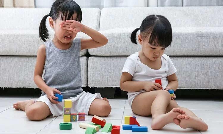 Cho trẻ quá 5 món đồ là vô tình hại con - Ảnh 1
