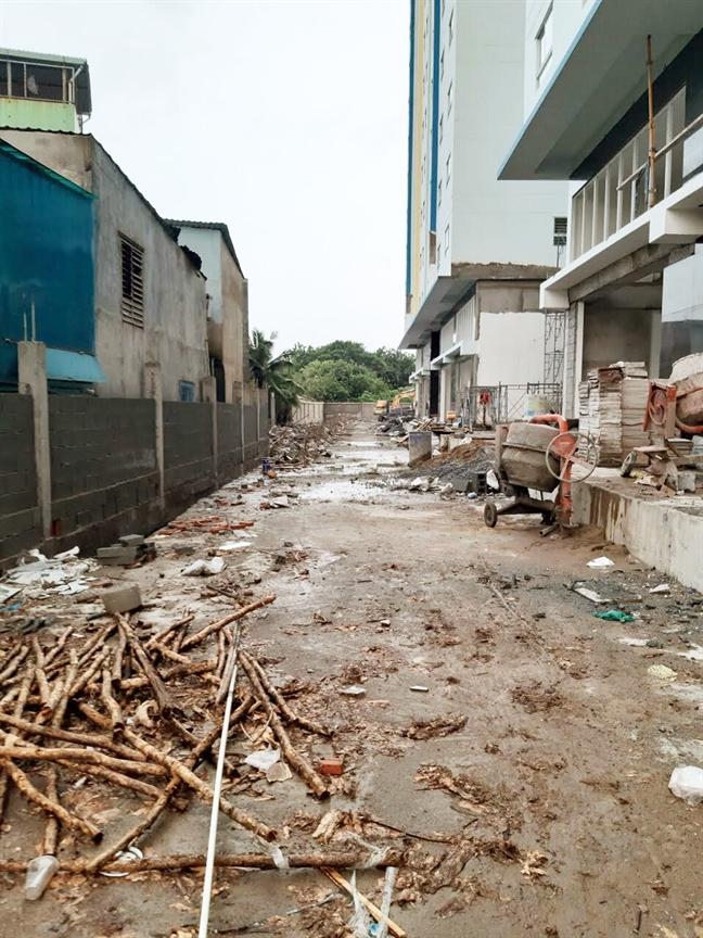 Dự án 35 Hồ Học Lãm xây chưa xong đã ép dân vào ở - Ảnh 3