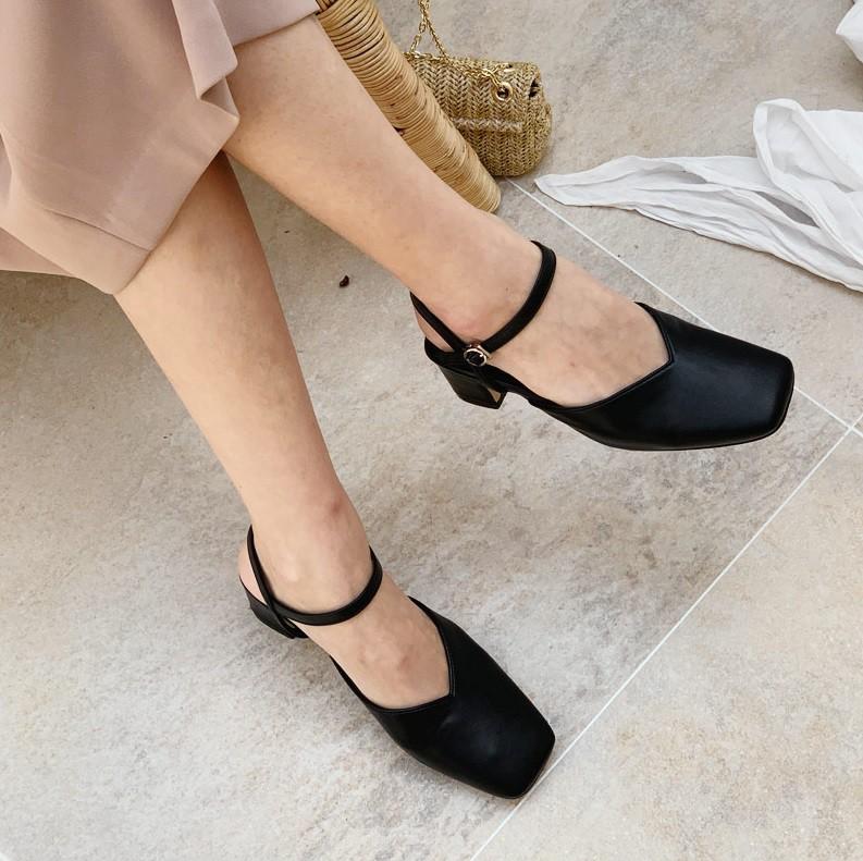 Giày mũi vuông - item mới nổi sở hữu quyền năng thăng hạng phong cách, bạn nỡ lòng nào không sắm ngay 1 đôi? - Ảnh 13