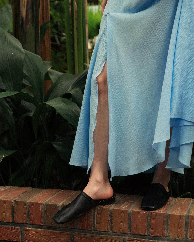 Giày mũi vuông - item mới nổi sở hữu quyền năng thăng hạng phong cách, bạn nỡ lòng nào không sắm ngay 1 đôi? - Ảnh 4