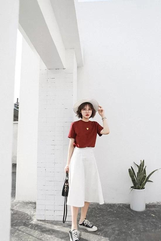 Váy áo màu nổi cho mùa thu - Ảnh 6