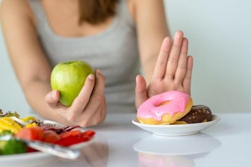 5 chiêu giúp bạn không ăn kiêng vẫn đẹp như người mẫu - Ảnh 1